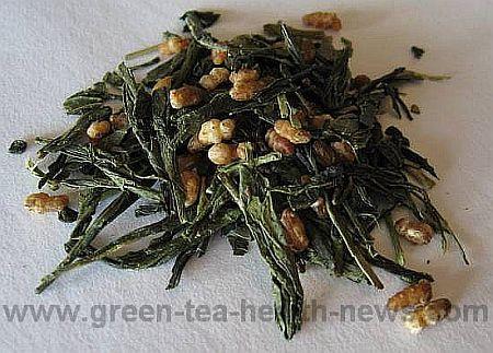 genmaicha tea with rice